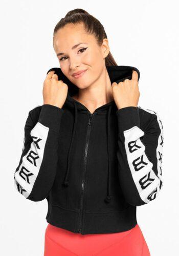Sportowa-bluza-z-kapturem-czarna