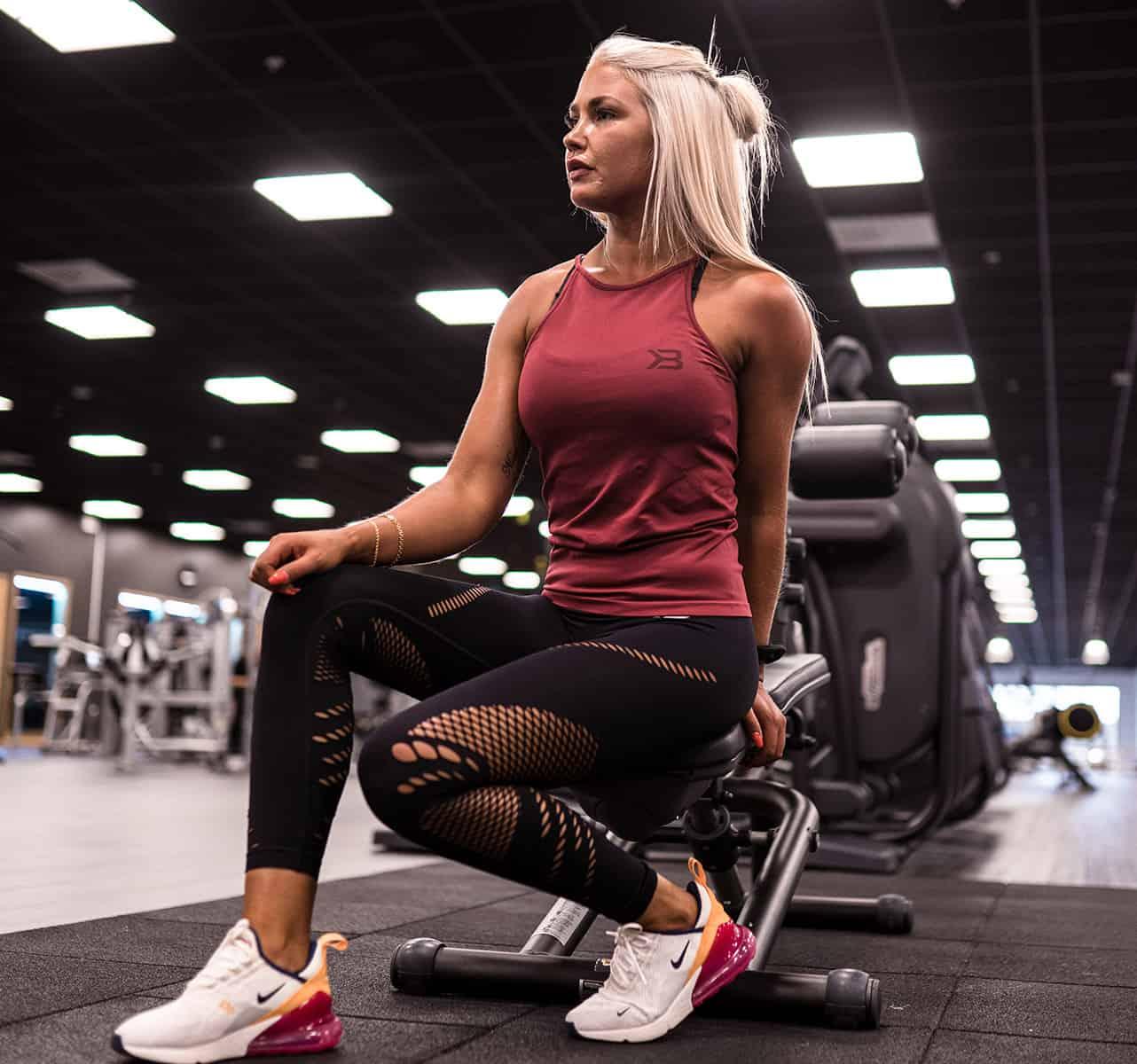 Koszulka na fitness i crossfit