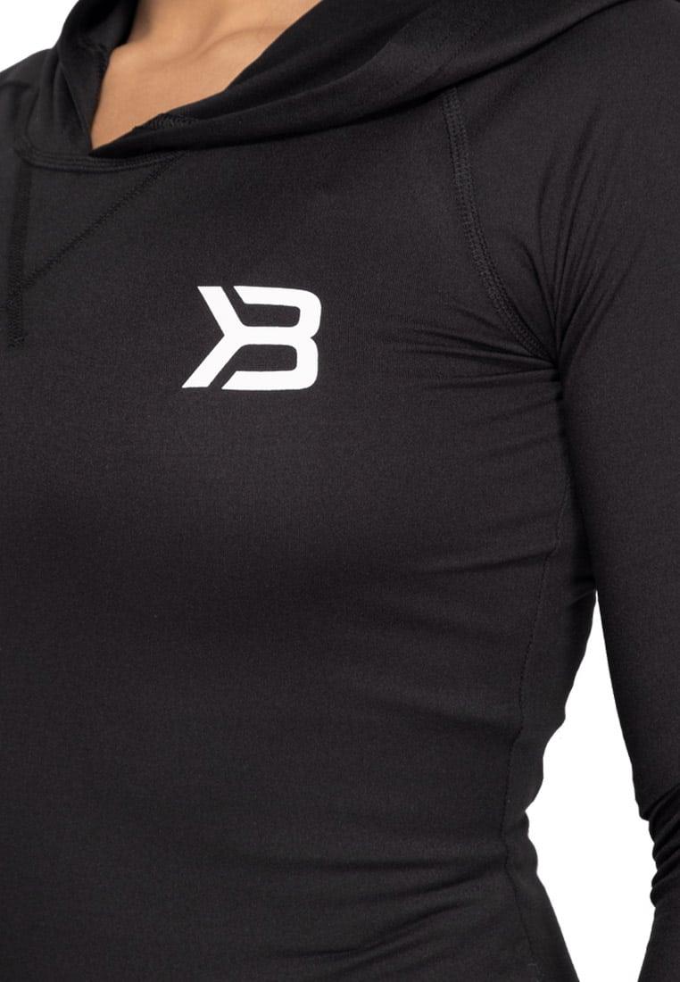 bluza-z-kapturem-na-fitness-czarna